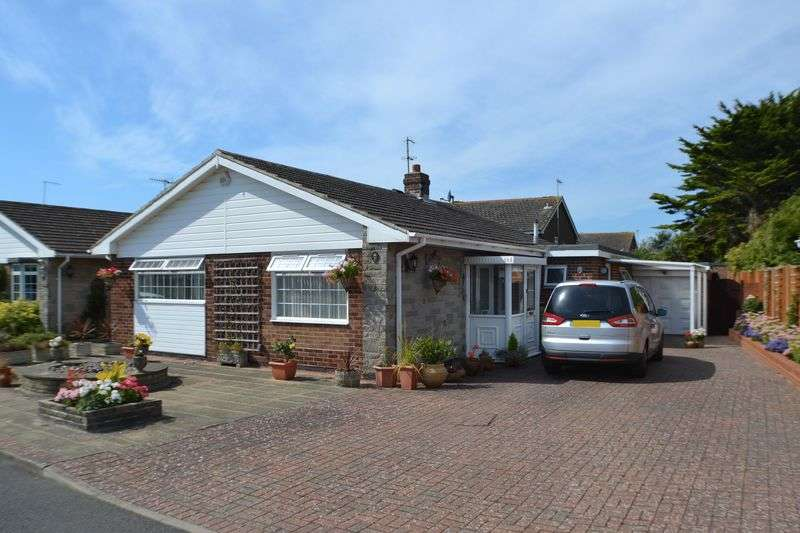 3 Bedrooms Detached Bungalow for sale in SOUTH FERRING