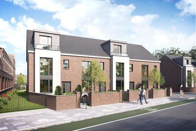 4 Bedrooms Property for sale in Moss Lane West, Manchester, M15 4AB