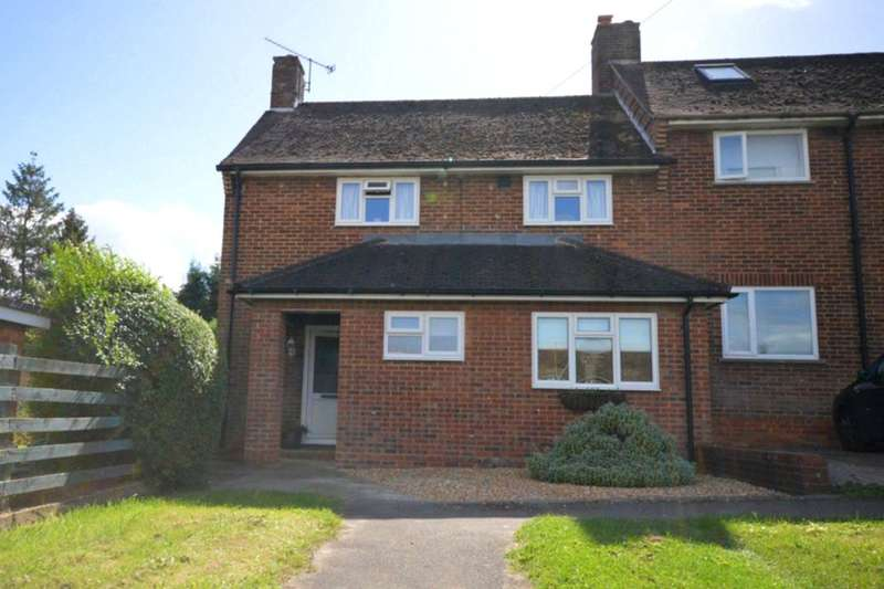 4 Bedrooms Property for sale in Dowden Grove, Alton, GU34