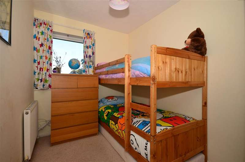 2 Bedrooms Flat for sale in Stanley Road, Carshalton, Surrey