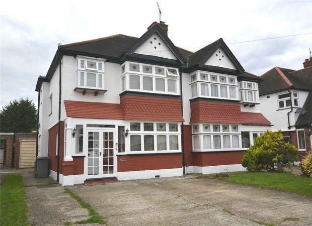 3 Bedrooms Semi Detached House for sale in Audrey Gardens, North Wembley, Middlesex