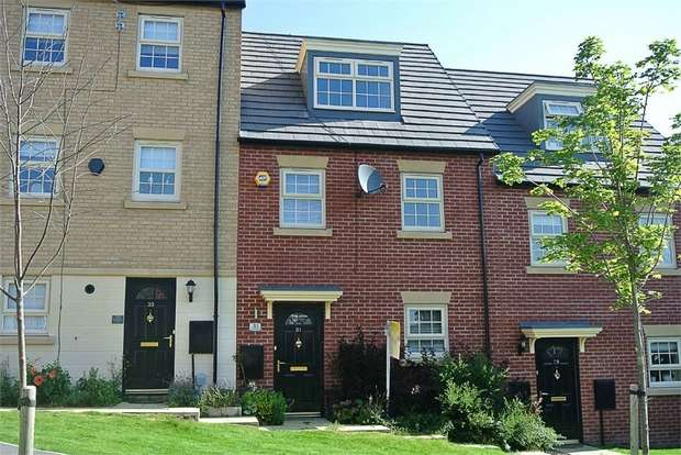 3 Bedrooms Town House for sale in Bunkers Hill Road, Hull, East Riding of Yorkshire