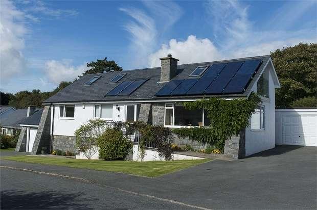 4 Bedrooms Detached House for sale in Glyn Y Mor, Llanbedrog, Pwllheli, Gwynedd