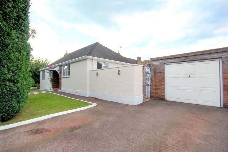 2 Bedrooms Detached Bungalow for sale in Wendley Drive, New Haw, Surrey, KT15