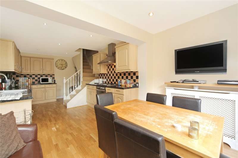 7 Bedrooms Flat for sale in Shepherds Bush Road, London, W6
