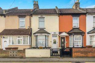 2 Bedrooms Terraced House for sale in Railway Street, Gillingham, Kent, .