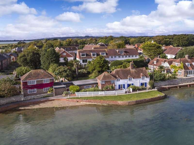 5 Bedrooms Detached House for sale in Langstone High Street, Langstone, Emsworth, Hants, PO9