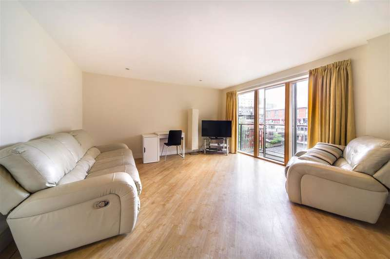 2 Bedrooms Property for sale in Canal Wharf, Waterfront Walk, Birmingham