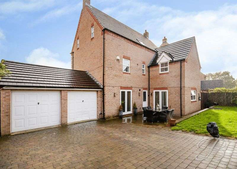 5 Bedrooms Detached House for sale in Windermere Close, Mansfield Woodhouse