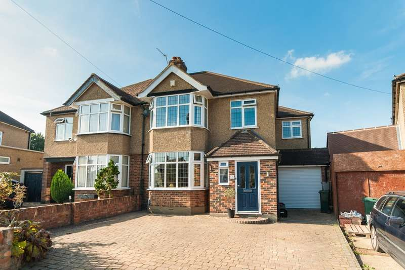 4 Bedrooms Semi Detached House for sale in Winton Cres, Croxley Green, Hertfordshire, WD3