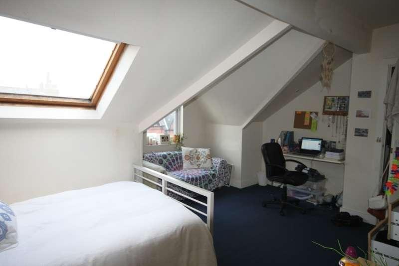 8 Bedrooms Terraced House for rent in Estcourt Terrace, Headingley, LS6