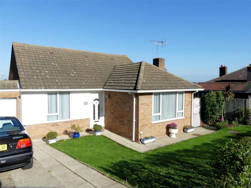 3 Bedrooms Detached Bungalow for sale in Grimthorpe Avenue, WHITSTABLE, Kent