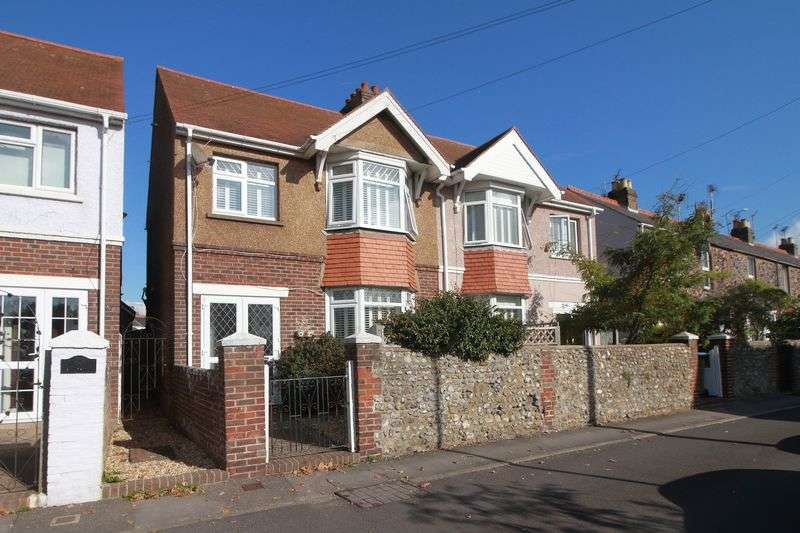 3 Bedrooms Semi Detached House for sale in Ivy Lane, Bognor Regis