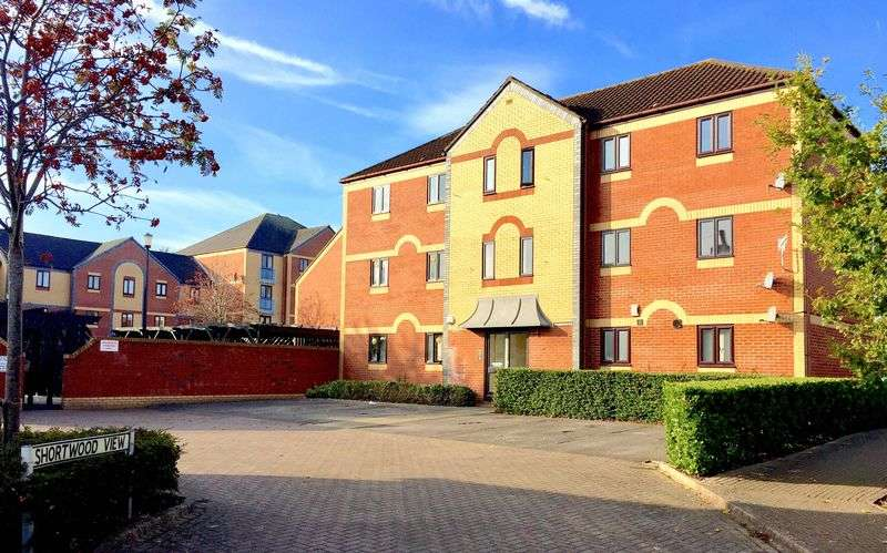 1 Bedroom Flat for sale in Shortwood View, Kingswood, Bristol, BS15 4DD