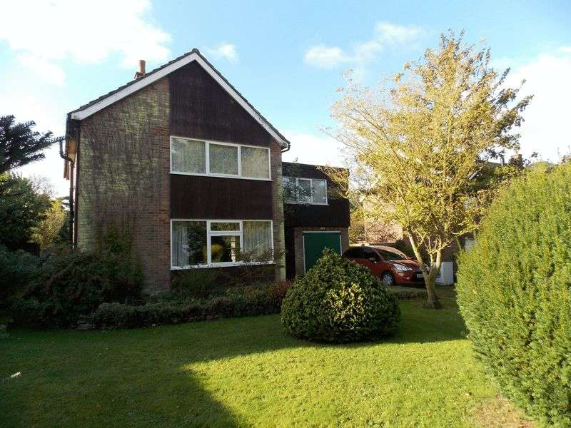 4 Bedrooms Detached House for sale in Perkins Way, Tostock
