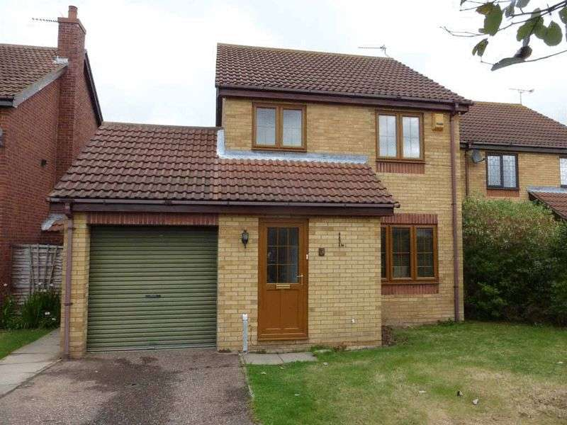 3 Bedrooms Detached House for sale in Hopton-on-Sea