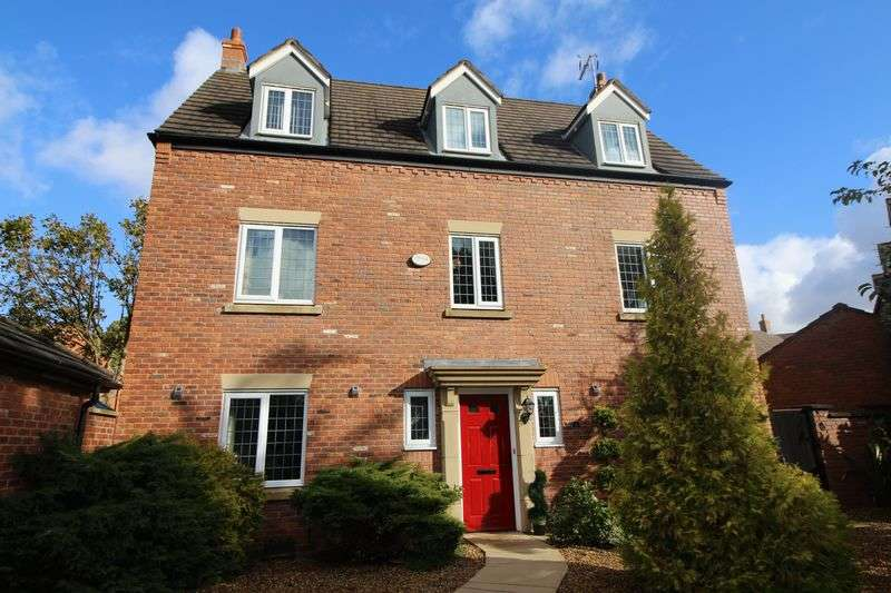 5 Bedrooms Detached House for sale in Torr Drive, Eastham