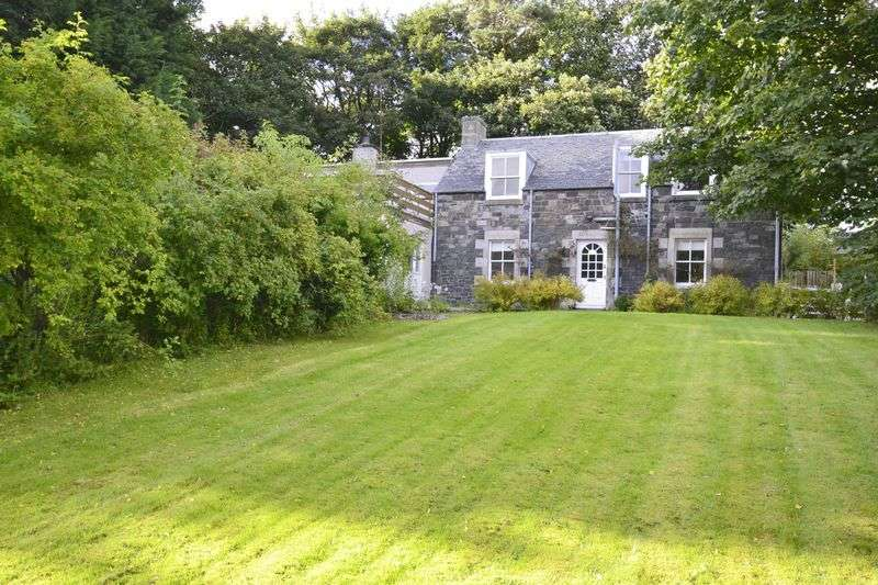 5 Bedrooms House for sale in Whinnyknowe, Glen Road, Peebles, EH45 9JF