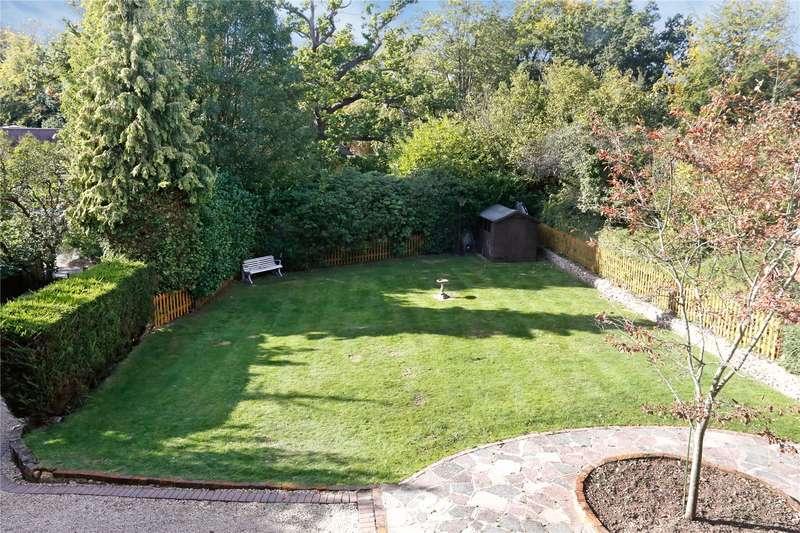 4 Bedrooms Detached House for sale in School Lane, Seer Green, Beaconsfield, Buckinghamshire, HP9