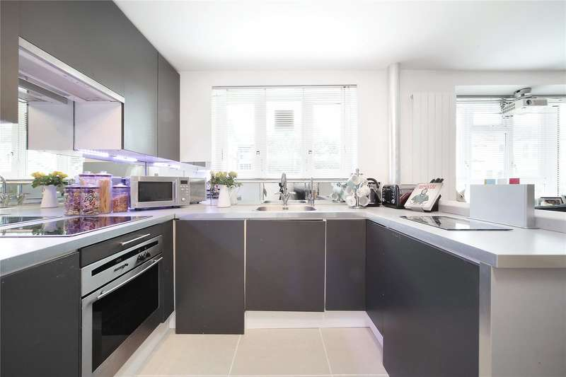 1 Bedroom Flat for sale in Smallwood Road, Tooting, London, SW17