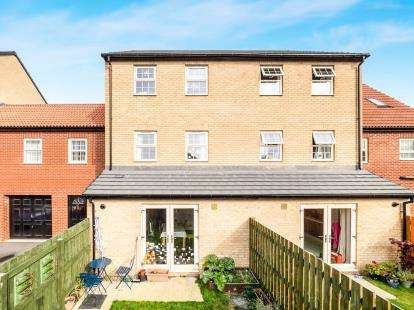 4 Bedrooms Terraced House for sale in High Pavement, Sutton-In-Ashfield, Nottinghamshire