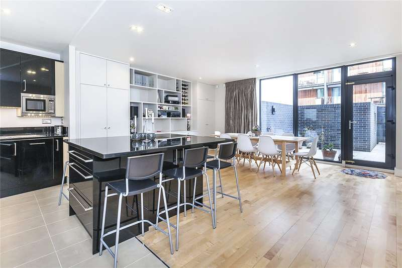 2 Bedrooms Flat for sale in Hestia House, City Walk, London, SE1