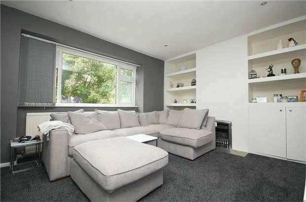 1 Bedroom Flat for sale in Buckingham Road, Hampton