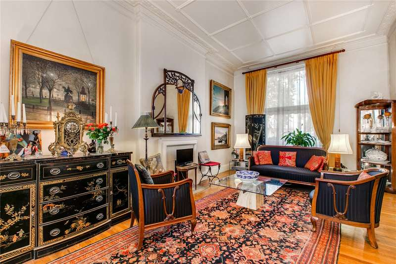 3 Bedrooms Ground Flat for sale in Sussex Gardens, Hyde Park Estate, W2