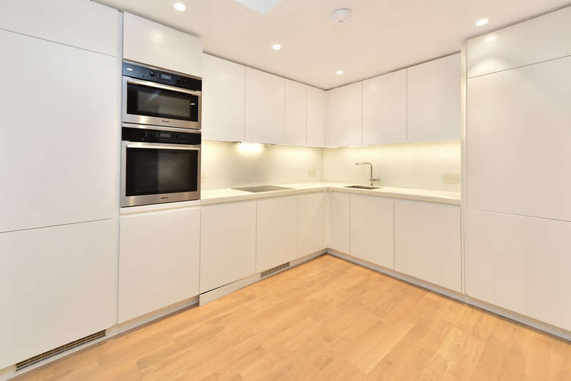 2 Bedrooms Maisonette Flat for sale in Hoxton Street, N1 5JX