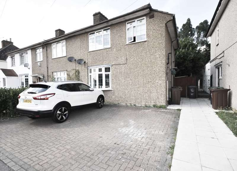 3 Bedrooms Semi Detached House for sale in Gainsborough Road, Barking & Dagenham