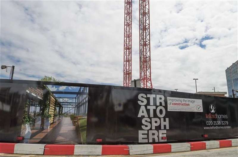 1 Bedroom Property for sale in Stratosphere, Stratford, London, E15