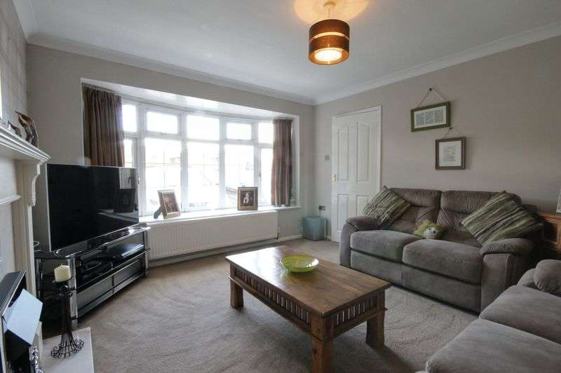 4 Bedrooms Detached House for sale in The Saplings, Penkridge