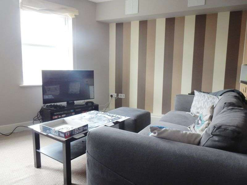 1 Bedroom Flat for sale in Tan Court, Wick Road, Brislington, Bristol