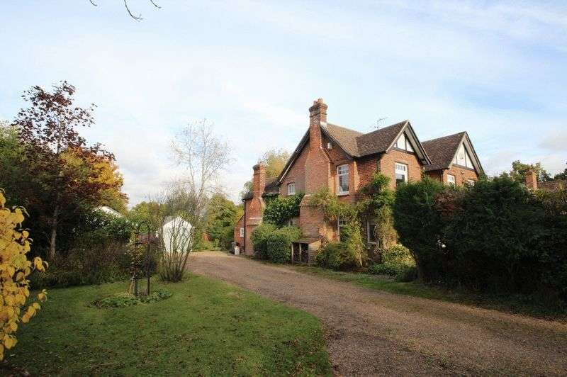 5 Bedrooms Detached House for sale in Tunbridge Wells Road, Mayfield