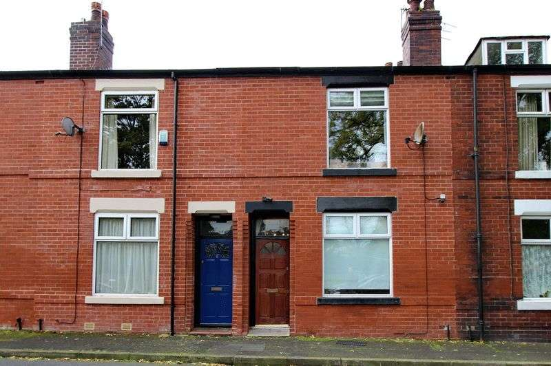 2 Bedrooms Terraced House for sale in Recreation Street, Prestwich, Manchester