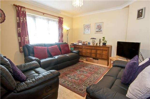 3 Bedrooms Terraced House for sale in Elthorne Way, London, NW9 8BN