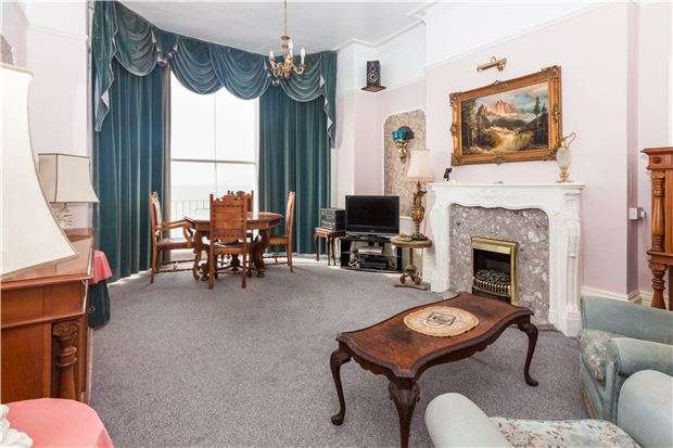 2 Bedrooms Flat for sale in FFF, Marina, ST LEONARDS-ON-SEA, East Sussex, TN38