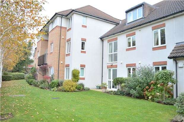 1 Bedroom Flat for sale in St Michaels Court, Bishops Cleeve GL52 8NH