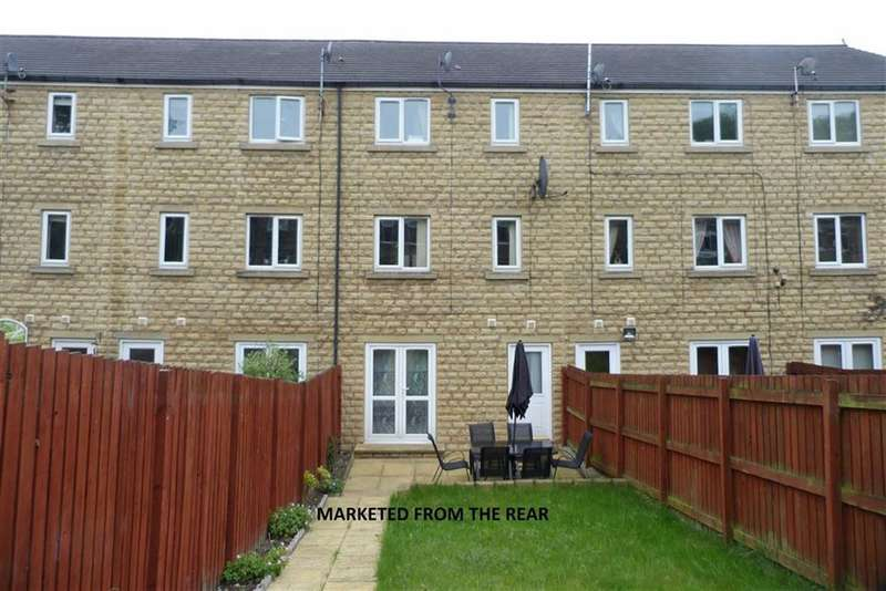 4 Bedrooms Property for sale in 12, Dale View, Longwood, Huddersfield