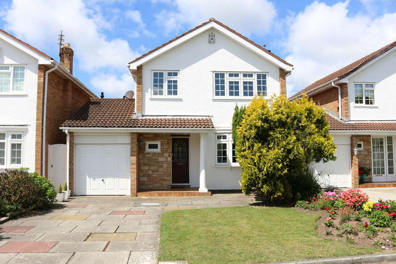 3 Bedrooms Detached House for sale in Frailey Close, Southport