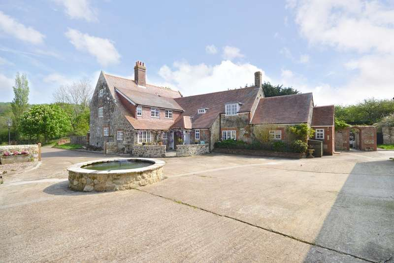 6 Bedrooms Detached House for sale in Newchurch, Isle of Wight