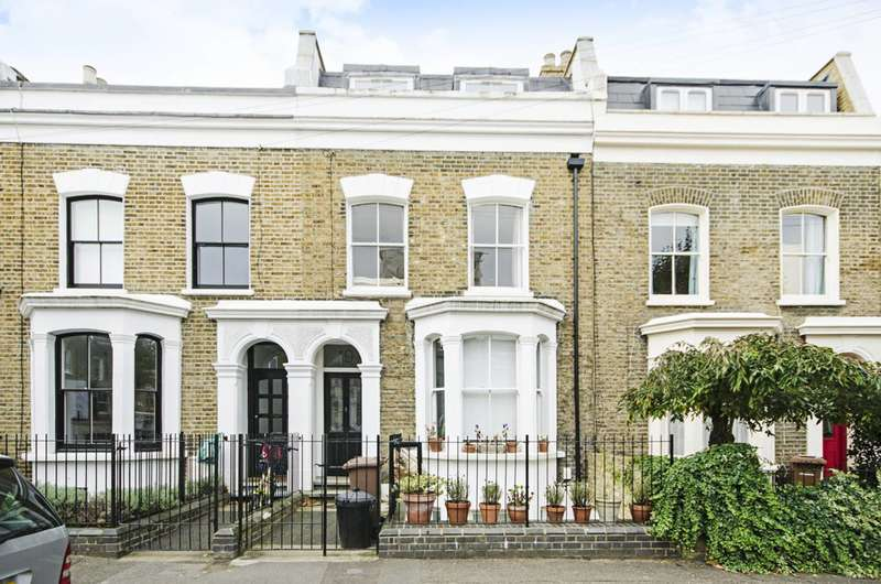 3 Bedrooms Flat for sale in Chippendale Street, Lower Clapton, E5