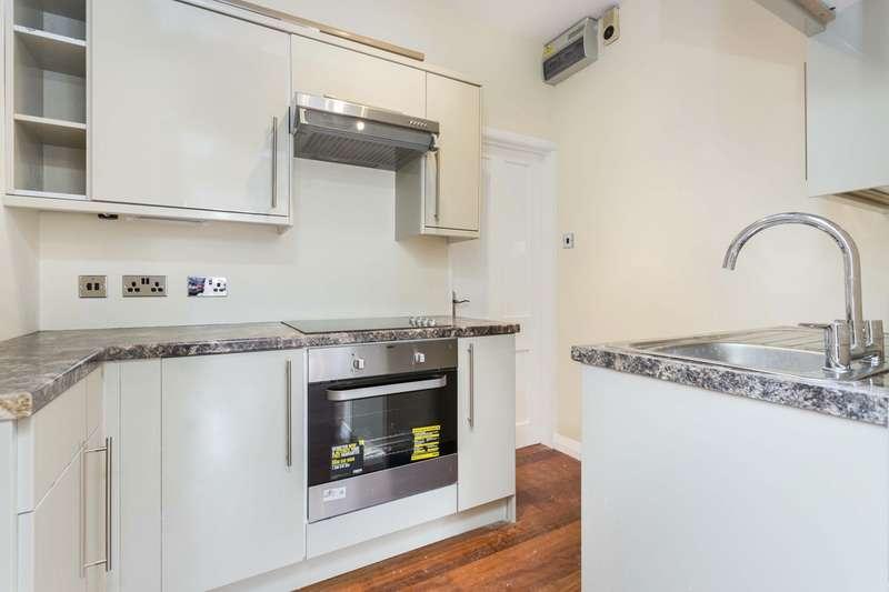 1 Bedroom Flat for sale in Richmond Avenue, Bognor Regis, West Sussex, PO21