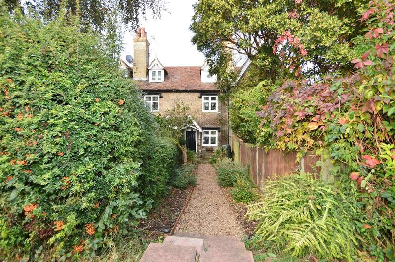 2 Bedrooms Property for sale in Station Road, Aylesford