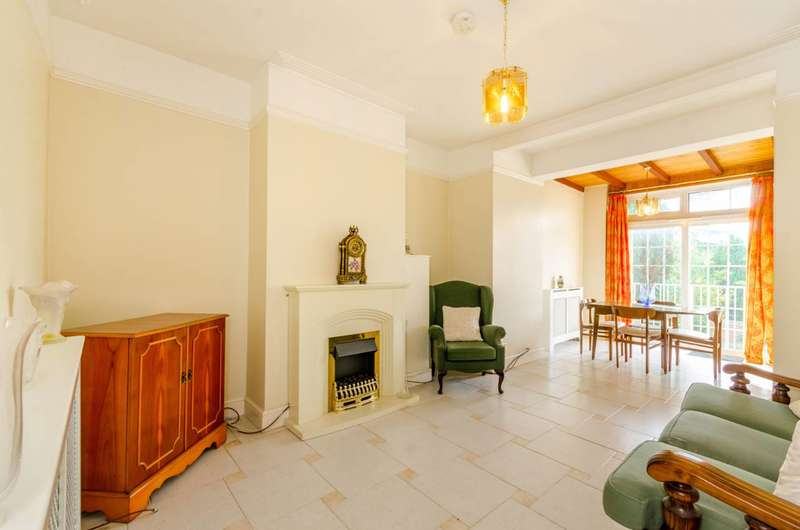3 Bedrooms House for sale in Colney Hatch Lane, Muswell Hill, N10