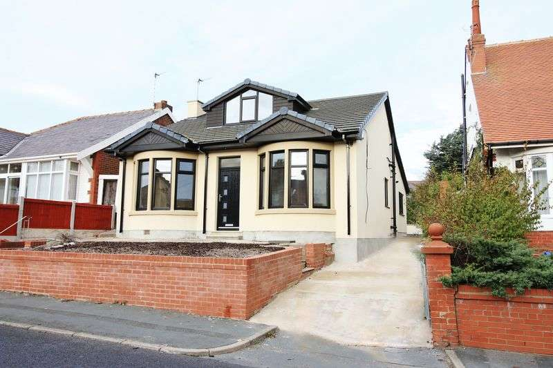 4 Bedrooms Detached Bungalow for sale in 182 Preston Old Road, Blackpool, FY3 9QY