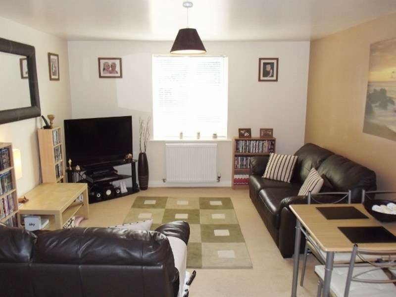 2 Bedrooms Flat for sale in Eagleworks Drive, Walsall