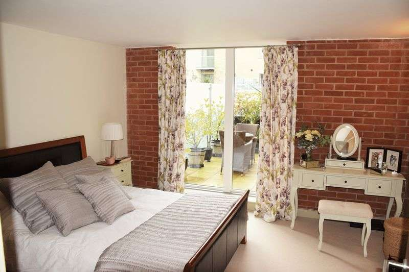 1 Bedroom Flat for sale in BONDED STORES, BREWERY SQUARE