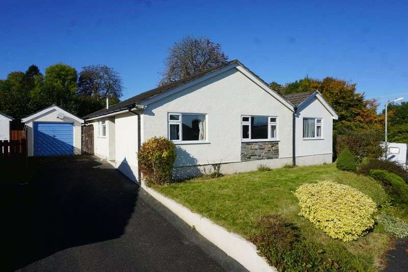 4 Bedrooms Detached Bungalow for sale in Hannaford Road, Lifton