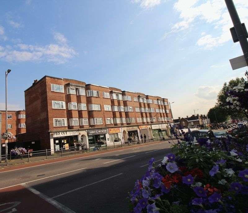 2 Bedrooms Flat for sale in Lea Bridge Road, Leyton E10